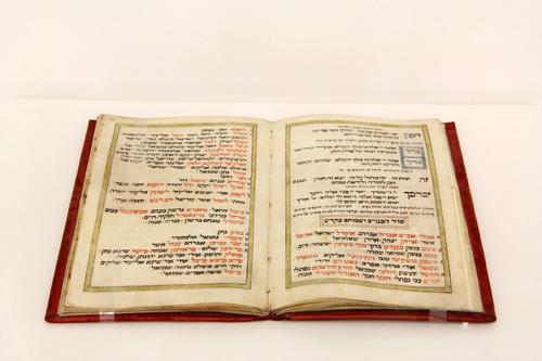 Móhelkönyv <br /> Circumcision-book