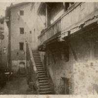 Róma, régi gettó, Via Azzimella